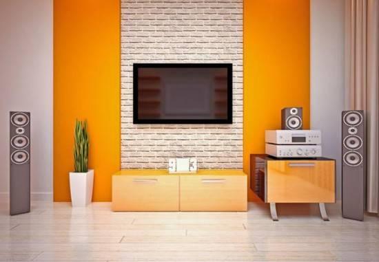 kreplenie-dlya-televizora-na-stenu-2-550x381.jpg