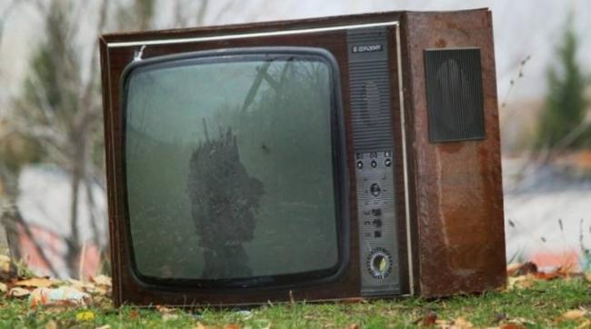starye-televizory-kakimi-byli-i-chto-v-nih-cennogo-1.jpg