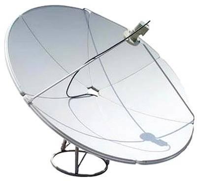 Sputnikovaia antenna priamofokusnaia