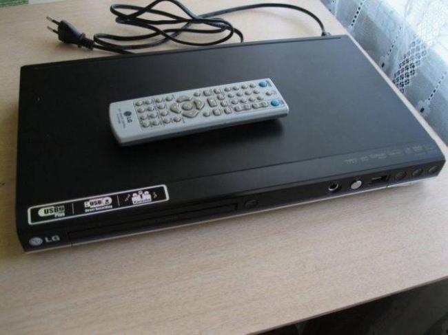 dvd-pleer-lg-dvx457k-s-usb-vozm-obmen-na-fleshku2.jpg