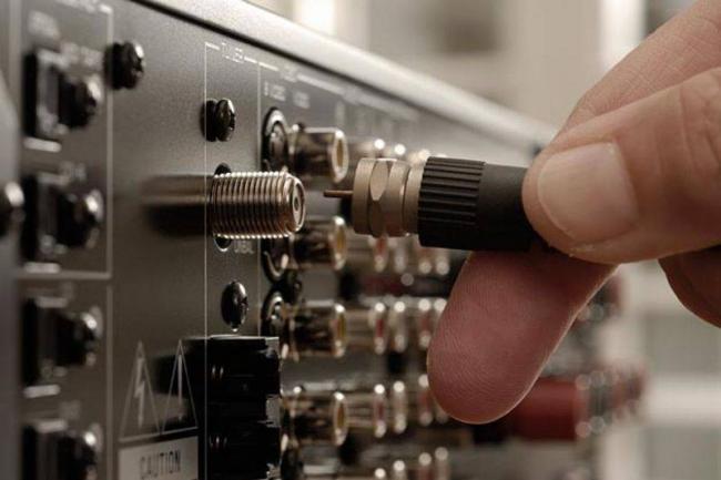podklucheniye-anteny-k-tv.jpg