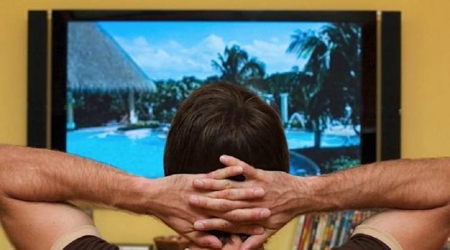 kak-smotret-televizor-bez-antenny.jpg