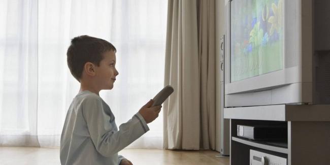 roditelskiy-kontrol-televizor.jpg