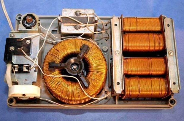 chto-mozhno-sdelat-iz-stabilizatora-napryazheniya-1-620x408.jpg