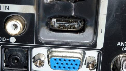 HDMI_f.jpg